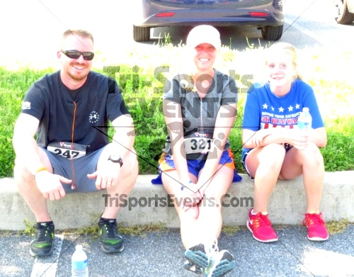 Honor Their Sacrific 5K Run/Walk<br><br><br><br><a href='https://www.trisportsevents.com/pics/14_Elks_5K_172.JPG' download='14_Elks_5K_172.JPG'>Click here to download.</a><Br><a href='http://www.facebook.com/sharer.php?u=http:%2F%2Fwww.trisportsevents.com%2Fpics%2F14_Elks_5K_172.JPG&t=Honor Their Sacrific 5K Run/Walk' target='_blank'><img src='images/fb_share.png' width='100'></a>
