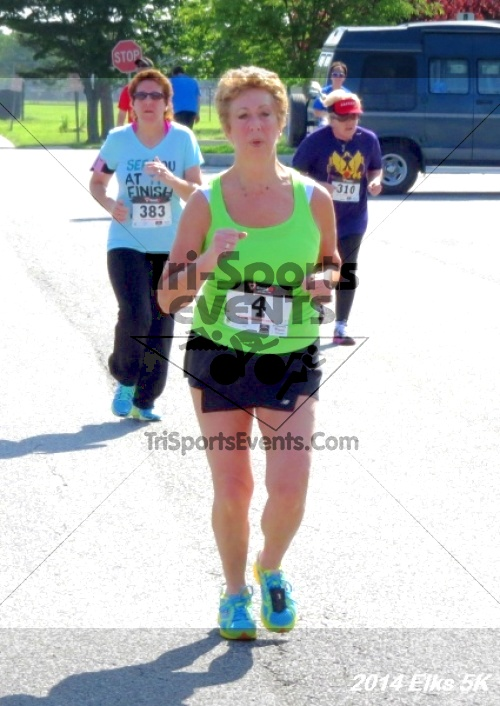 Honor Their Sacrific 5K Run/Walk<br><br><br><br><a href='http://www.trisportsevents.com/pics/14_Elks_5K_179.JPG' download='14_Elks_5K_179.JPG'>Click here to download.</a><Br><a href='http://www.facebook.com/sharer.php?u=http:%2F%2Fwww.trisportsevents.com%2Fpics%2F14_Elks_5K_179.JPG&t=Honor Their Sacrific 5K Run/Walk' target='_blank'><img src='images/fb_share.png' width='100'></a>