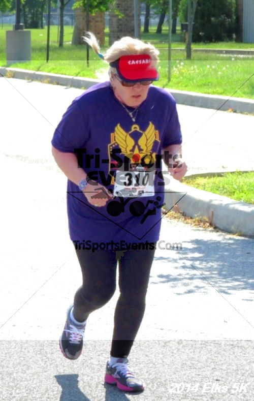 Honor Their Sacrific 5K Run/Walk<br><br><br><br><a href='http://www.trisportsevents.com/pics/14_Elks_5K_181.JPG' download='14_Elks_5K_181.JPG'>Click here to download.</a><Br><a href='http://www.facebook.com/sharer.php?u=http:%2F%2Fwww.trisportsevents.com%2Fpics%2F14_Elks_5K_181.JPG&t=Honor Their Sacrific 5K Run/Walk' target='_blank'><img src='images/fb_share.png' width='100'></a>