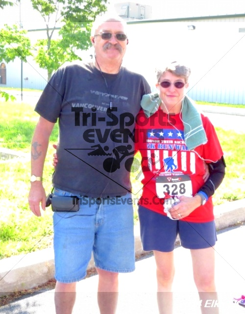 Honor Their Sacrific 5K Run/Walk<br><br><br><br><a href='http://www.trisportsevents.com/pics/14_Elks_5K_186.JPG' download='14_Elks_5K_186.JPG'>Click here to download.</a><Br><a href='http://www.facebook.com/sharer.php?u=http:%2F%2Fwww.trisportsevents.com%2Fpics%2F14_Elks_5K_186.JPG&t=Honor Their Sacrific 5K Run/Walk' target='_blank'><img src='images/fb_share.png' width='100'></a>