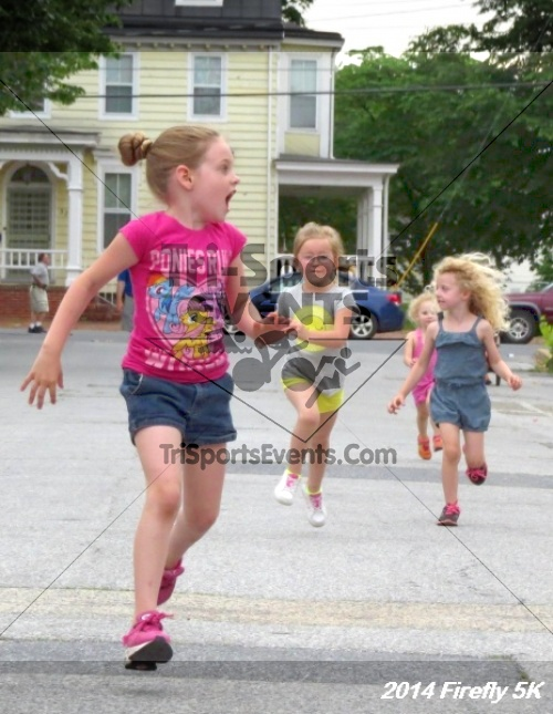 Firefly 5K Run/Walk<br><br><br><br><a href='http://www.trisportsevents.com/pics/14_Firefly_5K_007.JPG' download='14_Firefly_5K_007.JPG'>Click here to download.</a><Br><a href='http://www.facebook.com/sharer.php?u=http:%2F%2Fwww.trisportsevents.com%2Fpics%2F14_Firefly_5K_007.JPG&t=Firefly 5K Run/Walk' target='_blank'><img src='images/fb_share.png' width='100'></a>