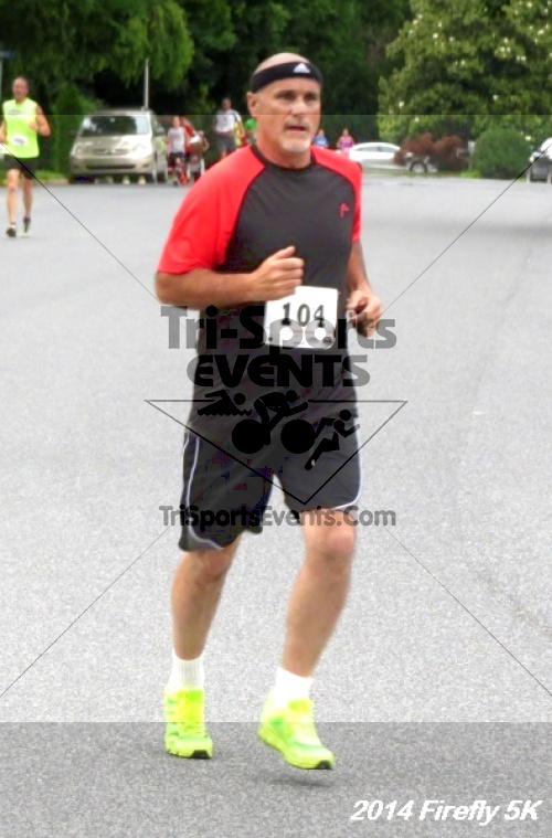 Firefly 5K Run/Walk<br><br><br><br><a href='http://www.trisportsevents.com/pics/14_Firefly_5K_021.JPG' download='14_Firefly_5K_021.JPG'>Click here to download.</a><Br><a href='http://www.facebook.com/sharer.php?u=http:%2F%2Fwww.trisportsevents.com%2Fpics%2F14_Firefly_5K_021.JPG&t=Firefly 5K Run/Walk' target='_blank'><img src='images/fb_share.png' width='100'></a>