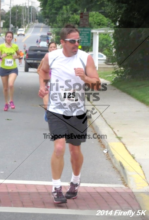 Firefly 5K Run/Walk<br><br><br><br><a href='http://www.trisportsevents.com/pics/14_Firefly_5K_142.JPG' download='14_Firefly_5K_142.JPG'>Click here to download.</a><Br><a href='http://www.facebook.com/sharer.php?u=http:%2F%2Fwww.trisportsevents.com%2Fpics%2F14_Firefly_5K_142.JPG&t=Firefly 5K Run/Walk' target='_blank'><img src='images/fb_share.png' width='100'></a>