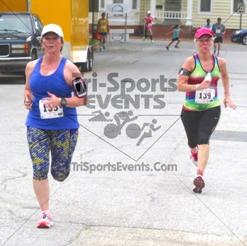 Firefly 5K Run/Walk<br><br><br><br><a href='https://www.trisportsevents.com/pics/14_Firefly_5K_194.JPG' download='14_Firefly_5K_194.JPG'>Click here to download.</a><Br><a href='http://www.facebook.com/sharer.php?u=http:%2F%2Fwww.trisportsevents.com%2Fpics%2F14_Firefly_5K_194.JPG&t=Firefly 5K Run/Walk' target='_blank'><img src='images/fb_share.png' width='100'></a>
