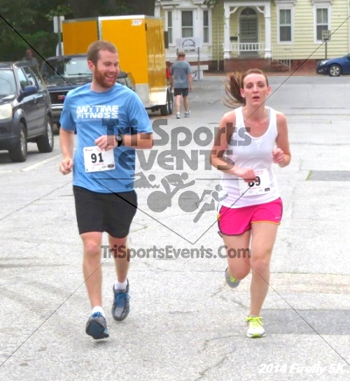 Firefly 5K Run/Walk<br><br><br><br><a href='https://www.trisportsevents.com/pics/14_Firefly_5K_215.JPG' download='14_Firefly_5K_215.JPG'>Click here to download.</a><Br><a href='http://www.facebook.com/sharer.php?u=http:%2F%2Fwww.trisportsevents.com%2Fpics%2F14_Firefly_5K_215.JPG&t=Firefly 5K Run/Walk' target='_blank'><img src='images/fb_share.png' width='100'></a>