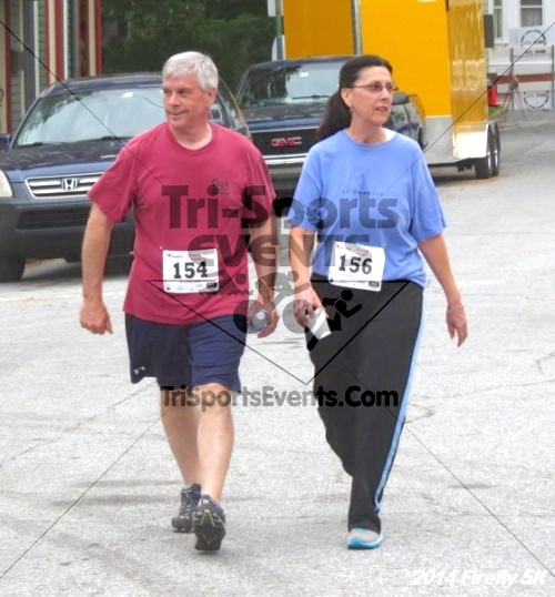 Firefly 5K Run/Walk<br><br><br><br><a href='http://www.trisportsevents.com/pics/14_Firefly_5K_261.JPG' download='14_Firefly_5K_261.JPG'>Click here to download.</a><Br><a href='http://www.facebook.com/sharer.php?u=http:%2F%2Fwww.trisportsevents.com%2Fpics%2F14_Firefly_5K_261.JPG&t=Firefly 5K Run/Walk' target='_blank'><img src='images/fb_share.png' width='100'></a>