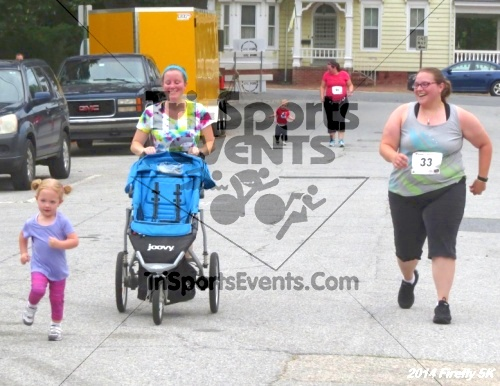 Firefly 5K Run/Walk<br><br><br><br><a href='http://www.trisportsevents.com/pics/14_Firefly_5K_263.JPG' download='14_Firefly_5K_263.JPG'>Click here to download.</a><Br><a href='http://www.facebook.com/sharer.php?u=http:%2F%2Fwww.trisportsevents.com%2Fpics%2F14_Firefly_5K_263.JPG&t=Firefly 5K Run/Walk' target='_blank'><img src='images/fb_share.png' width='100'></a>
