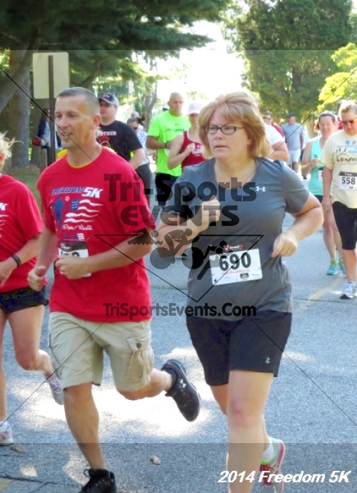 15th Freedom 5K Run/Walk<br><br><br><br><a href='https://www.trisportsevents.com/pics/14_Freedom_5K_048.JPG' download='14_Freedom_5K_048.JPG'>Click here to download.</a><Br><a href='http://www.facebook.com/sharer.php?u=http:%2F%2Fwww.trisportsevents.com%2Fpics%2F14_Freedom_5K_048.JPG&t=15th Freedom 5K Run/Walk' target='_blank'><img src='images/fb_share.png' width='100'></a>
