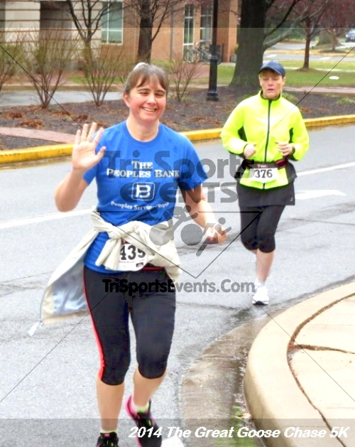 The Great Goose Chase 5K<br><br><br><br><a href='https://www.trisportsevents.com/pics/14_Goose_Chase_5K_044.JPG' download='14_Goose_Chase_5K_044.JPG'>Click here to download.</a><Br><a href='http://www.facebook.com/sharer.php?u=http:%2F%2Fwww.trisportsevents.com%2Fpics%2F14_Goose_Chase_5K_044.JPG&t=The Great Goose Chase 5K' target='_blank'><img src='images/fb_share.png' width='100'></a>