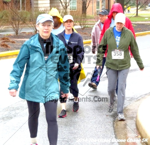 The Great Goose Chase 5K<br><br><br><br><a href='https://www.trisportsevents.com/pics/14_Goose_Chase_5K_060.JPG' download='14_Goose_Chase_5K_060.JPG'>Click here to download.</a><Br><a href='http://www.facebook.com/sharer.php?u=http:%2F%2Fwww.trisportsevents.com%2Fpics%2F14_Goose_Chase_5K_060.JPG&t=The Great Goose Chase 5K' target='_blank'><img src='images/fb_share.png' width='100'></a>