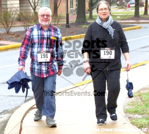 The Great Goose Chase 5K<br><br><br><br><a href='https://www.trisportsevents.com/pics/14_Goose_Chase_5K_080.JPG' download='14_Goose_Chase_5K_080.JPG'>Click here to download.</a><Br><a href='http://www.facebook.com/sharer.php?u=http:%2F%2Fwww.trisportsevents.com%2Fpics%2F14_Goose_Chase_5K_080.JPG&t=The Great Goose Chase 5K' target='_blank'><img src='images/fb_share.png' width='100'></a>