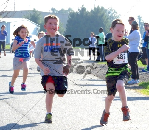 Builder's Dash 5K Run/Walk<br><br><br><br><a href='http://www.trisportsevents.com/pics/14_Habitat_5K_003.JPG' download='14_Habitat_5K_003.JPG'>Click here to download.</a><Br><a href='http://www.facebook.com/sharer.php?u=http:%2F%2Fwww.trisportsevents.com%2Fpics%2F14_Habitat_5K_003.JPG&t=Builder's Dash 5K Run/Walk' target='_blank'><img src='images/fb_share.png' width='100'></a>