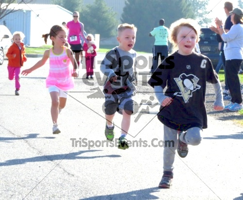 Builder's Dash 5K Run/Walk<br><br><br><br><a href='http://www.trisportsevents.com/pics/14_Habitat_5K_007.JPG' download='14_Habitat_5K_007.JPG'>Click here to download.</a><Br><a href='http://www.facebook.com/sharer.php?u=http:%2F%2Fwww.trisportsevents.com%2Fpics%2F14_Habitat_5K_007.JPG&t=Builder's Dash 5K Run/Walk' target='_blank'><img src='images/fb_share.png' width='100'></a>