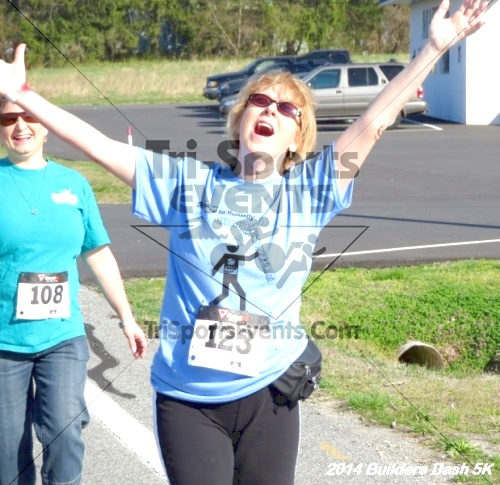 Builder's Dash 5K Run/Walk<br><br><br><br><a href='http://www.trisportsevents.com/pics/14_Habitat_5K_122.JPG' download='14_Habitat_5K_122.JPG'>Click here to download.</a><Br><a href='http://www.facebook.com/sharer.php?u=http:%2F%2Fwww.trisportsevents.com%2Fpics%2F14_Habitat_5K_122.JPG&t=Builder's Dash 5K Run/Walk' target='_blank'><img src='images/fb_share.png' width='100'></a>