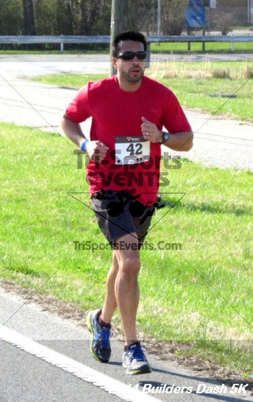 Builder's Dash 5K Run/Walk<br><br><br><br><a href='http://www.trisportsevents.com/pics/14_Habitat_5K_135.JPG' download='14_Habitat_5K_135.JPG'>Click here to download.</a><Br><a href='http://www.facebook.com/sharer.php?u=http:%2F%2Fwww.trisportsevents.com%2Fpics%2F14_Habitat_5K_135.JPG&t=Builder's Dash 5K Run/Walk' target='_blank'><img src='images/fb_share.png' width='100'></a>