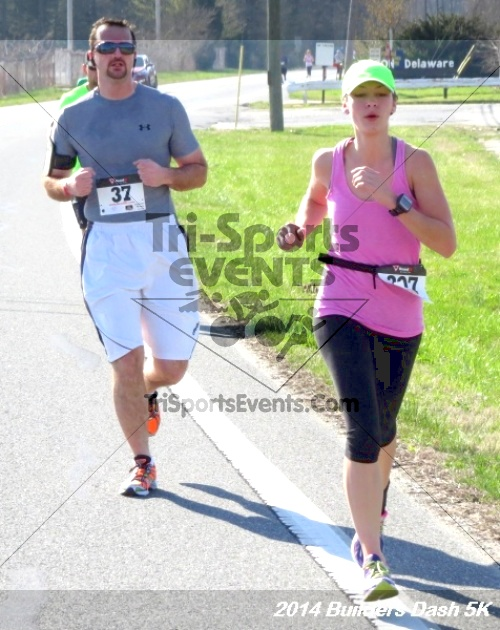 Builder's Dash 5K Run/Walk<br><br><br><br><a href='http://www.trisportsevents.com/pics/14_Habitat_5K_148.JPG' download='14_Habitat_5K_148.JPG'>Click here to download.</a><Br><a href='http://www.facebook.com/sharer.php?u=http:%2F%2Fwww.trisportsevents.com%2Fpics%2F14_Habitat_5K_148.JPG&t=Builder's Dash 5K Run/Walk' target='_blank'><img src='images/fb_share.png' width='100'></a>