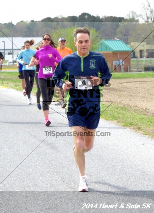 Heart & Sole 5K<br><br><br><br><a href='http://www.trisportsevents.com/pics/14_Heart_&_Sole_5K_042.JPG' download='14_Heart_&_Sole_5K_042.JPG'>Click here to download.</a><Br><a href='http://www.facebook.com/sharer.php?u=http:%2F%2Fwww.trisportsevents.com%2Fpics%2F14_Heart_&_Sole_5K_042.JPG&t=Heart & Sole 5K' target='_blank'><img src='images/fb_share.png' width='100'></a>