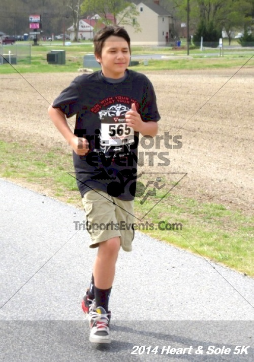 Heart & Sole 5K<br><br><br><br><a href='http://www.trisportsevents.com/pics/14_Heart_&_Sole_5K_059.JPG' download='14_Heart_&_Sole_5K_059.JPG'>Click here to download.</a><Br><a href='http://www.facebook.com/sharer.php?u=http:%2F%2Fwww.trisportsevents.com%2Fpics%2F14_Heart_&_Sole_5K_059.JPG&t=Heart & Sole 5K' target='_blank'><img src='images/fb_share.png' width='100'></a>