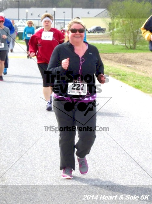 Heart & Sole 5K<br><br><br><br><a href='https://www.trisportsevents.com/pics/14_Heart_&_Sole_5K_063.JPG' download='14_Heart_&_Sole_5K_063.JPG'>Click here to download.</a><Br><a href='http://www.facebook.com/sharer.php?u=http:%2F%2Fwww.trisportsevents.com%2Fpics%2F14_Heart_&_Sole_5K_063.JPG&t=Heart & Sole 5K' target='_blank'><img src='images/fb_share.png' width='100'></a>