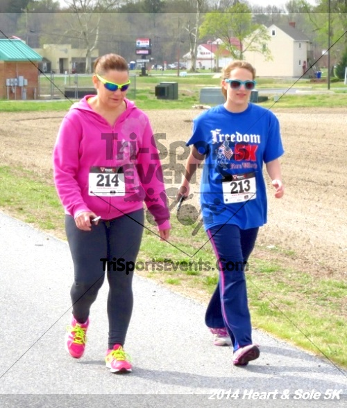 Heart & Sole 5K<br><br><br><br><a href='https://www.trisportsevents.com/pics/14_Heart_&_Sole_5K_070.JPG' download='14_Heart_&_Sole_5K_070.JPG'>Click here to download.</a><Br><a href='http://www.facebook.com/sharer.php?u=http:%2F%2Fwww.trisportsevents.com%2Fpics%2F14_Heart_&_Sole_5K_070.JPG&t=Heart & Sole 5K' target='_blank'><img src='images/fb_share.png' width='100'></a>