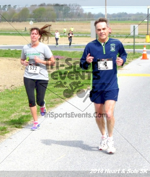 Heart & Sole 5K<br><br><br><br><a href='http://www.trisportsevents.com/pics/14_Heart_&_Sole_5K_132.JPG' download='14_Heart_&_Sole_5K_132.JPG'>Click here to download.</a><Br><a href='http://www.facebook.com/sharer.php?u=http:%2F%2Fwww.trisportsevents.com%2Fpics%2F14_Heart_&_Sole_5K_132.JPG&t=Heart & Sole 5K' target='_blank'><img src='images/fb_share.png' width='100'></a>
