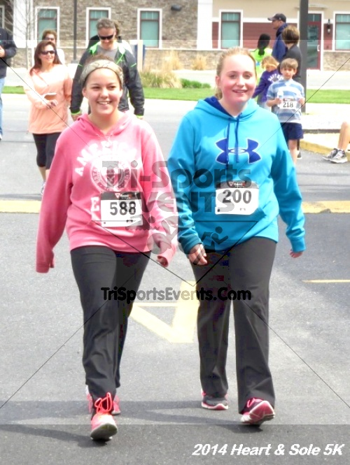 Heart & Sole 5K<br><br><br><br><a href='http://www.trisportsevents.com/pics/14_Heart_&_Sole_5K_213.JPG' download='14_Heart_&_Sole_5K_213.JPG'>Click here to download.</a><Br><a href='http://www.facebook.com/sharer.php?u=http:%2F%2Fwww.trisportsevents.com%2Fpics%2F14_Heart_&_Sole_5K_213.JPG&t=Heart & Sole 5K' target='_blank'><img src='images/fb_share.png' width='100'></a>