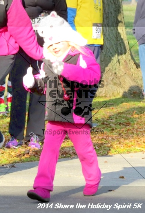 Share the Holiday Spirit 5K Run/Walk<br><br><br><br><a href='http://www.trisportsevents.com/pics/14_Holiday_Spirit_5K_004.JPG' download='14_Holiday_Spirit_5K_004.JPG'>Click here to download.</a><Br><a href='http://www.facebook.com/sharer.php?u=http:%2F%2Fwww.trisportsevents.com%2Fpics%2F14_Holiday_Spirit_5K_004.JPG&t=Share the Holiday Spirit 5K Run/Walk' target='_blank'><img src='images/fb_share.png' width='100'></a>