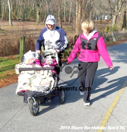 Share the Holiday Spirit 5K Run/Walk<br><br><br><br><a href='http://www.trisportsevents.com/pics/14_Holiday_Spirit_5K_008.JPG' download='14_Holiday_Spirit_5K_008.JPG'>Click here to download.</a><Br><a href='http://www.facebook.com/sharer.php?u=http:%2F%2Fwww.trisportsevents.com%2Fpics%2F14_Holiday_Spirit_5K_008.JPG&t=Share the Holiday Spirit 5K Run/Walk' target='_blank'><img src='images/fb_share.png' width='100'></a>