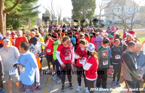 Share the Holiday Spirit 5K Run/Walk<br><br><br><br><a href='http://www.trisportsevents.com/pics/14_Holiday_Spirit_5K_011.JPG' download='14_Holiday_Spirit_5K_011.JPG'>Click here to download.</a><Br><a href='http://www.facebook.com/sharer.php?u=http:%2F%2Fwww.trisportsevents.com%2Fpics%2F14_Holiday_Spirit_5K_011.JPG&t=Share the Holiday Spirit 5K Run/Walk' target='_blank'><img src='images/fb_share.png' width='100'></a>