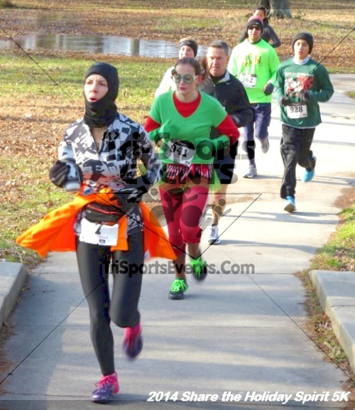 Share the Holiday Spirit 5K Run/Walk<br><br><br><br><a href='http://www.trisportsevents.com/pics/14_Holiday_Spirit_5K_017.JPG' download='14_Holiday_Spirit_5K_017.JPG'>Click here to download.</a><Br><a href='http://www.facebook.com/sharer.php?u=http:%2F%2Fwww.trisportsevents.com%2Fpics%2F14_Holiday_Spirit_5K_017.JPG&t=Share the Holiday Spirit 5K Run/Walk' target='_blank'><img src='images/fb_share.png' width='100'></a>