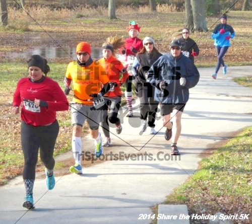 Share the Holiday Spirit 5K Run/Walk<br><br><br><br><a href='http://www.trisportsevents.com/pics/14_Holiday_Spirit_5K_027.JPG' download='14_Holiday_Spirit_5K_027.JPG'>Click here to download.</a><Br><a href='http://www.facebook.com/sharer.php?u=http:%2F%2Fwww.trisportsevents.com%2Fpics%2F14_Holiday_Spirit_5K_027.JPG&t=Share the Holiday Spirit 5K Run/Walk' target='_blank'><img src='images/fb_share.png' width='100'></a>