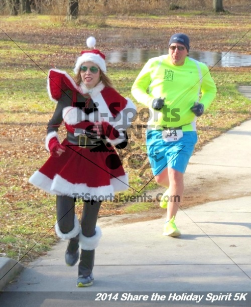 Share the Holiday Spirit 5K Run/Walk<br><br><br><br><a href='http://www.trisportsevents.com/pics/14_Holiday_Spirit_5K_029.JPG' download='14_Holiday_Spirit_5K_029.JPG'>Click here to download.</a><Br><a href='http://www.facebook.com/sharer.php?u=http:%2F%2Fwww.trisportsevents.com%2Fpics%2F14_Holiday_Spirit_5K_029.JPG&t=Share the Holiday Spirit 5K Run/Walk' target='_blank'><img src='images/fb_share.png' width='100'></a>
