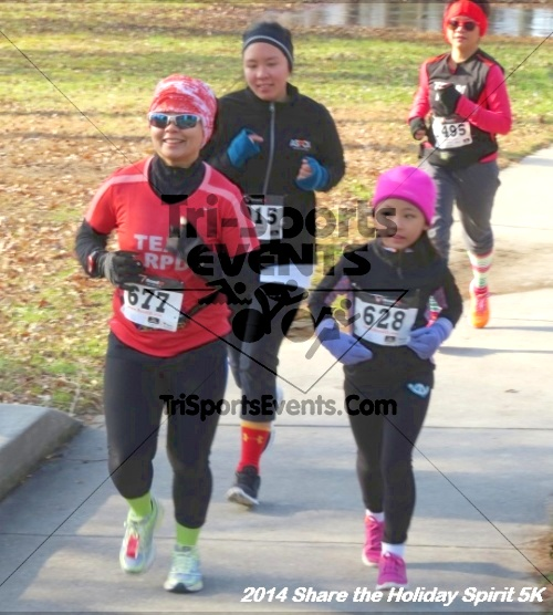 Share the Holiday Spirit 5K Run/Walk<br><br><br><br><a href='http://www.trisportsevents.com/pics/14_Holiday_Spirit_5K_043.JPG' download='14_Holiday_Spirit_5K_043.JPG'>Click here to download.</a><Br><a href='http://www.facebook.com/sharer.php?u=http:%2F%2Fwww.trisportsevents.com%2Fpics%2F14_Holiday_Spirit_5K_043.JPG&t=Share the Holiday Spirit 5K Run/Walk' target='_blank'><img src='images/fb_share.png' width='100'></a>