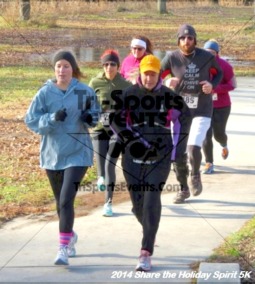Share the Holiday Spirit 5K Run/Walk<br><br><br><br><a href='http://www.trisportsevents.com/pics/14_Holiday_Spirit_5K_046.JPG' download='14_Holiday_Spirit_5K_046.JPG'>Click here to download.</a><Br><a href='http://www.facebook.com/sharer.php?u=http:%2F%2Fwww.trisportsevents.com%2Fpics%2F14_Holiday_Spirit_5K_046.JPG&t=Share the Holiday Spirit 5K Run/Walk' target='_blank'><img src='images/fb_share.png' width='100'></a>