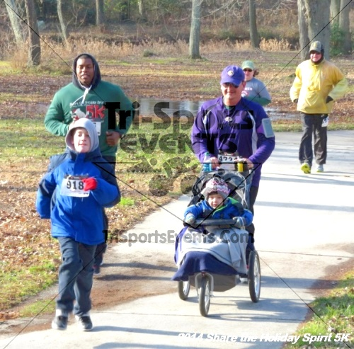 Share the Holiday Spirit 5K Run/Walk<br><br><br><br><a href='http://www.trisportsevents.com/pics/14_Holiday_Spirit_5K_048.JPG' download='14_Holiday_Spirit_5K_048.JPG'>Click here to download.</a><Br><a href='http://www.facebook.com/sharer.php?u=http:%2F%2Fwww.trisportsevents.com%2Fpics%2F14_Holiday_Spirit_5K_048.JPG&t=Share the Holiday Spirit 5K Run/Walk' target='_blank'><img src='images/fb_share.png' width='100'></a>