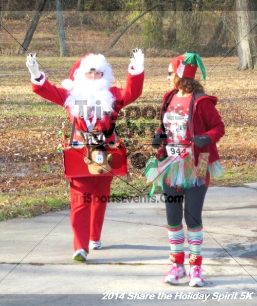 Share the Holiday Spirit 5K Run/Walk<br><br><br><br><a href='http://www.trisportsevents.com/pics/14_Holiday_Spirit_5K_057.JPG' download='14_Holiday_Spirit_5K_057.JPG'>Click here to download.</a><Br><a href='http://www.facebook.com/sharer.php?u=http:%2F%2Fwww.trisportsevents.com%2Fpics%2F14_Holiday_Spirit_5K_057.JPG&t=Share the Holiday Spirit 5K Run/Walk' target='_blank'><img src='images/fb_share.png' width='100'></a>