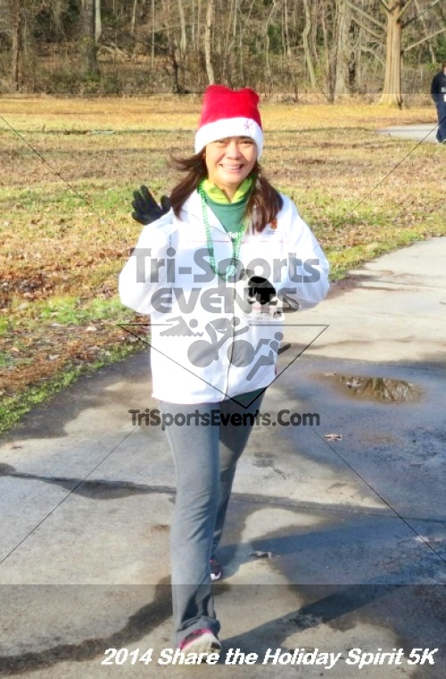 Share the Holiday Spirit 5K Run/Walk<br><br><br><br><a href='http://www.trisportsevents.com/pics/14_Holiday_Spirit_5K_062.JPG' download='14_Holiday_Spirit_5K_062.JPG'>Click here to download.</a><Br><a href='http://www.facebook.com/sharer.php?u=http:%2F%2Fwww.trisportsevents.com%2Fpics%2F14_Holiday_Spirit_5K_062.JPG&t=Share the Holiday Spirit 5K Run/Walk' target='_blank'><img src='images/fb_share.png' width='100'></a>