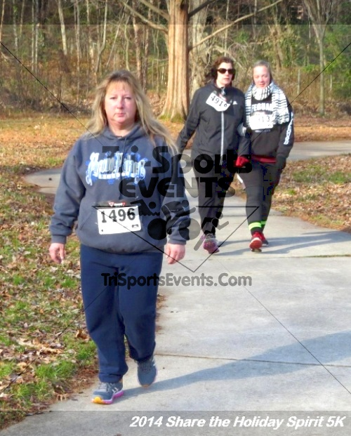 Share the Holiday Spirit 5K Run/Walk<br><br><br><br><a href='http://www.trisportsevents.com/pics/14_Holiday_Spirit_5K_064.JPG' download='14_Holiday_Spirit_5K_064.JPG'>Click here to download.</a><Br><a href='http://www.facebook.com/sharer.php?u=http:%2F%2Fwww.trisportsevents.com%2Fpics%2F14_Holiday_Spirit_5K_064.JPG&t=Share the Holiday Spirit 5K Run/Walk' target='_blank'><img src='images/fb_share.png' width='100'></a>