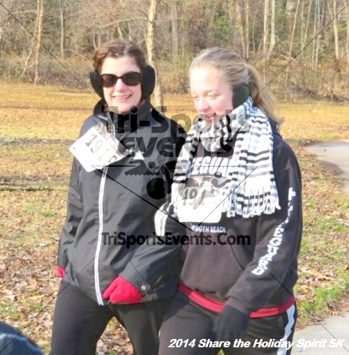 Share the Holiday Spirit 5K Run/Walk<br><br><br><br><a href='http://www.trisportsevents.com/pics/14_Holiday_Spirit_5K_065.JPG' download='14_Holiday_Spirit_5K_065.JPG'>Click here to download.</a><Br><a href='http://www.facebook.com/sharer.php?u=http:%2F%2Fwww.trisportsevents.com%2Fpics%2F14_Holiday_Spirit_5K_065.JPG&t=Share the Holiday Spirit 5K Run/Walk' target='_blank'><img src='images/fb_share.png' width='100'></a>