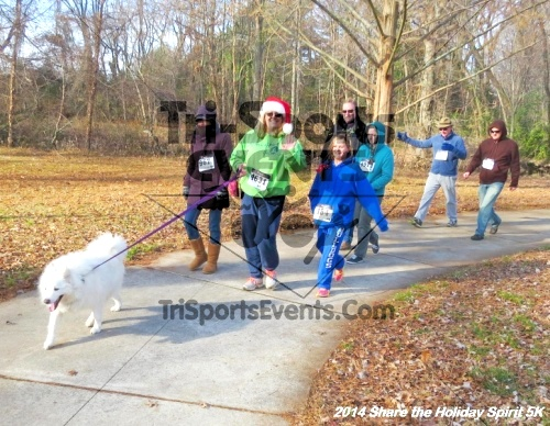 Share the Holiday Spirit 5K Run/Walk<br><br><br><br><a href='http://www.trisportsevents.com/pics/14_Holiday_Spirit_5K_069.JPG' download='14_Holiday_Spirit_5K_069.JPG'>Click here to download.</a><Br><a href='http://www.facebook.com/sharer.php?u=http:%2F%2Fwww.trisportsevents.com%2Fpics%2F14_Holiday_Spirit_5K_069.JPG&t=Share the Holiday Spirit 5K Run/Walk' target='_blank'><img src='images/fb_share.png' width='100'></a>