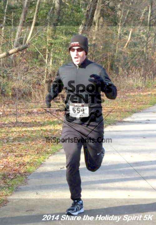 Share the Holiday Spirit 5K Run/Walk<br><br><br><br><a href='http://www.trisportsevents.com/pics/14_Holiday_Spirit_5K_078.JPG' download='14_Holiday_Spirit_5K_078.JPG'>Click here to download.</a><Br><a href='http://www.facebook.com/sharer.php?u=http:%2F%2Fwww.trisportsevents.com%2Fpics%2F14_Holiday_Spirit_5K_078.JPG&t=Share the Holiday Spirit 5K Run/Walk' target='_blank'><img src='images/fb_share.png' width='100'></a>