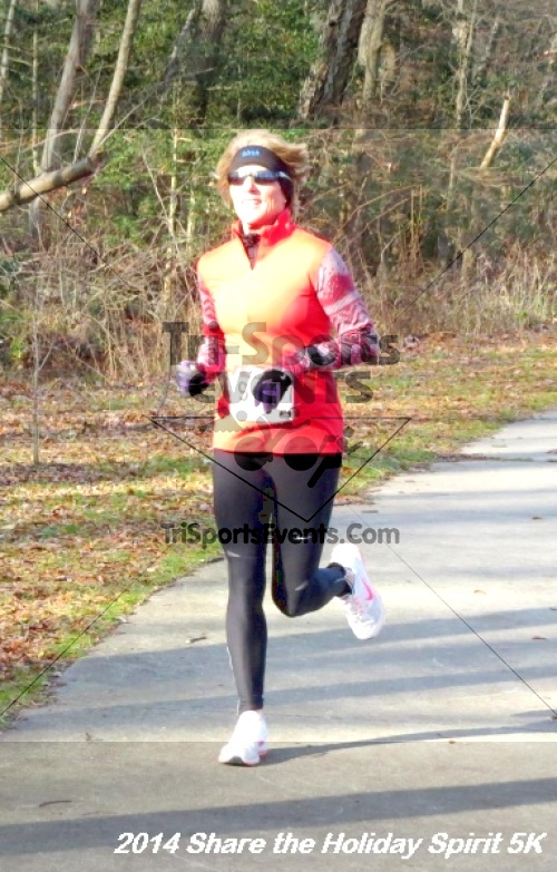 Share the Holiday Spirit 5K Run/Walk<br><br><br><br><a href='http://www.trisportsevents.com/pics/14_Holiday_Spirit_5K_081.JPG' download='14_Holiday_Spirit_5K_081.JPG'>Click here to download.</a><Br><a href='http://www.facebook.com/sharer.php?u=http:%2F%2Fwww.trisportsevents.com%2Fpics%2F14_Holiday_Spirit_5K_081.JPG&t=Share the Holiday Spirit 5K Run/Walk' target='_blank'><img src='images/fb_share.png' width='100'></a>