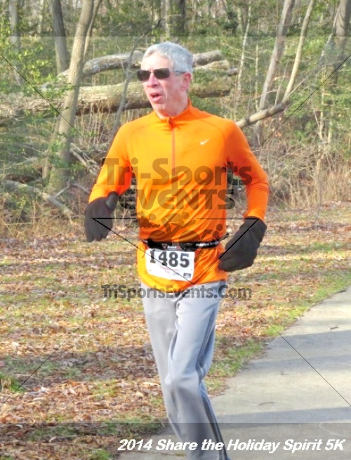 Share the Holiday Spirit 5K Run/Walk<br><br><br><br><a href='http://www.trisportsevents.com/pics/14_Holiday_Spirit_5K_085.JPG' download='14_Holiday_Spirit_5K_085.JPG'>Click here to download.</a><Br><a href='http://www.facebook.com/sharer.php?u=http:%2F%2Fwww.trisportsevents.com%2Fpics%2F14_Holiday_Spirit_5K_085.JPG&t=Share the Holiday Spirit 5K Run/Walk' target='_blank'><img src='images/fb_share.png' width='100'></a>