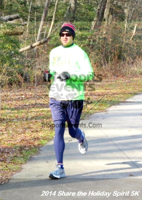 Share the Holiday Spirit 5K Run/Walk<br><br><br><br><a href='http://www.trisportsevents.com/pics/14_Holiday_Spirit_5K_086.JPG' download='14_Holiday_Spirit_5K_086.JPG'>Click here to download.</a><Br><a href='http://www.facebook.com/sharer.php?u=http:%2F%2Fwww.trisportsevents.com%2Fpics%2F14_Holiday_Spirit_5K_086.JPG&t=Share the Holiday Spirit 5K Run/Walk' target='_blank'><img src='images/fb_share.png' width='100'></a>