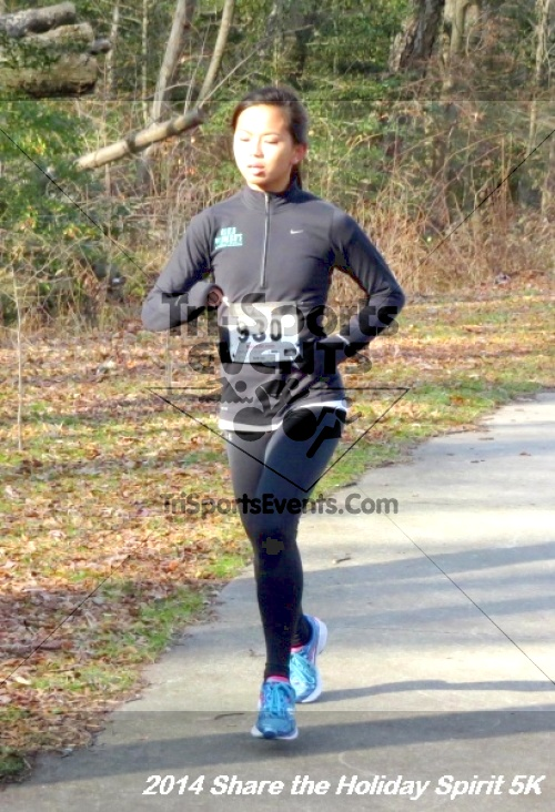 Share the Holiday Spirit 5K Run/Walk<br><br><br><br><a href='http://www.trisportsevents.com/pics/14_Holiday_Spirit_5K_089.JPG' download='14_Holiday_Spirit_5K_089.JPG'>Click here to download.</a><Br><a href='http://www.facebook.com/sharer.php?u=http:%2F%2Fwww.trisportsevents.com%2Fpics%2F14_Holiday_Spirit_5K_089.JPG&t=Share the Holiday Spirit 5K Run/Walk' target='_blank'><img src='images/fb_share.png' width='100'></a>