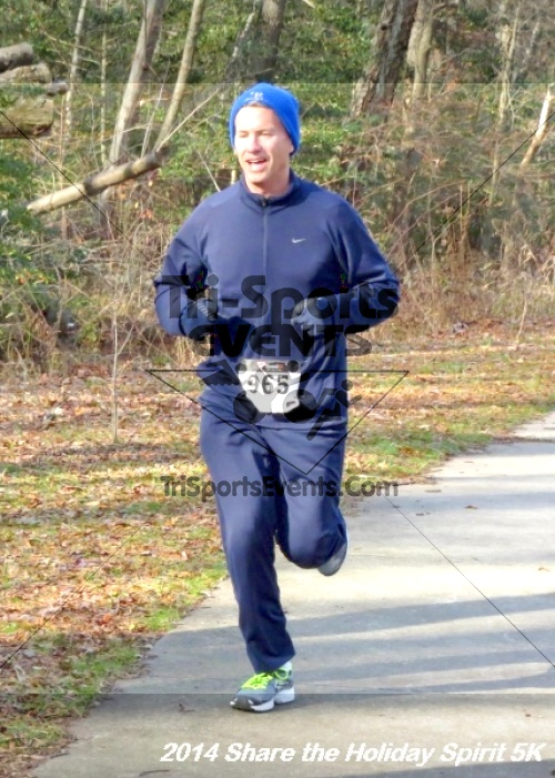 Share the Holiday Spirit 5K Run/Walk<br><br><br><br><a href='http://www.trisportsevents.com/pics/14_Holiday_Spirit_5K_094.JPG' download='14_Holiday_Spirit_5K_094.JPG'>Click here to download.</a><Br><a href='http://www.facebook.com/sharer.php?u=http:%2F%2Fwww.trisportsevents.com%2Fpics%2F14_Holiday_Spirit_5K_094.JPG&t=Share the Holiday Spirit 5K Run/Walk' target='_blank'><img src='images/fb_share.png' width='100'></a>