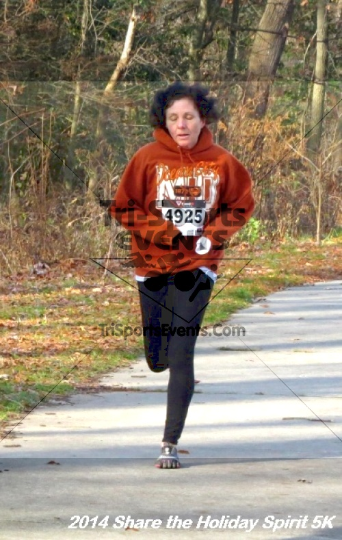 Share the Holiday Spirit 5K Run/Walk<br><br><br><br><a href='http://www.trisportsevents.com/pics/14_Holiday_Spirit_5K_096.JPG' download='14_Holiday_Spirit_5K_096.JPG'>Click here to download.</a><Br><a href='http://www.facebook.com/sharer.php?u=http:%2F%2Fwww.trisportsevents.com%2Fpics%2F14_Holiday_Spirit_5K_096.JPG&t=Share the Holiday Spirit 5K Run/Walk' target='_blank'><img src='images/fb_share.png' width='100'></a>