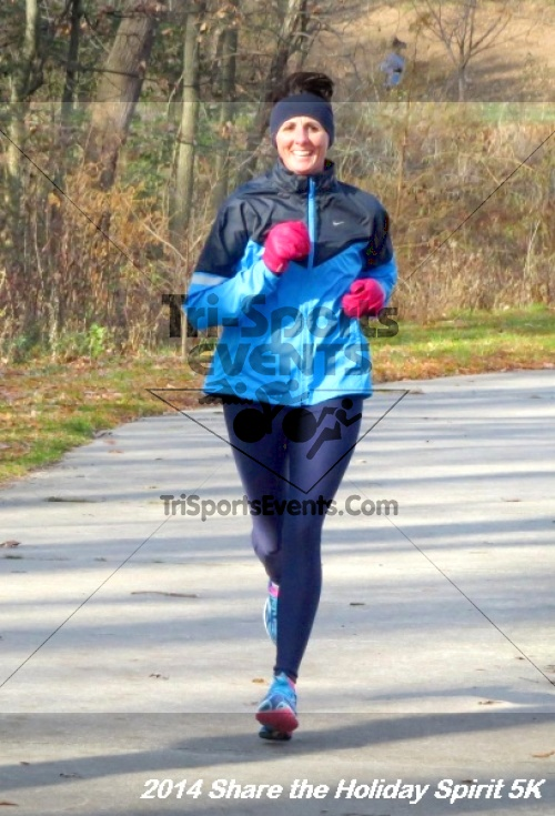 Share the Holiday Spirit 5K Run/Walk<br><br><br><br><a href='http://www.trisportsevents.com/pics/14_Holiday_Spirit_5K_097.JPG' download='14_Holiday_Spirit_5K_097.JPG'>Click here to download.</a><Br><a href='http://www.facebook.com/sharer.php?u=http:%2F%2Fwww.trisportsevents.com%2Fpics%2F14_Holiday_Spirit_5K_097.JPG&t=Share the Holiday Spirit 5K Run/Walk' target='_blank'><img src='images/fb_share.png' width='100'></a>