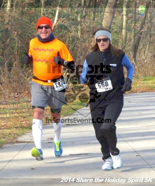 Share the Holiday Spirit 5K Run/Walk<br><br><br><br><a href='http://www.trisportsevents.com/pics/14_Holiday_Spirit_5K_102.JPG' download='14_Holiday_Spirit_5K_102.JPG'>Click here to download.</a><Br><a href='http://www.facebook.com/sharer.php?u=http:%2F%2Fwww.trisportsevents.com%2Fpics%2F14_Holiday_Spirit_5K_102.JPG&t=Share the Holiday Spirit 5K Run/Walk' target='_blank'><img src='images/fb_share.png' width='100'></a>