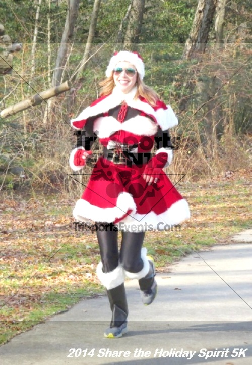 Share the Holiday Spirit 5K Run/Walk<br><br><br><br><a href='http://www.trisportsevents.com/pics/14_Holiday_Spirit_5K_119.JPG' download='14_Holiday_Spirit_5K_119.JPG'>Click here to download.</a><Br><a href='http://www.facebook.com/sharer.php?u=http:%2F%2Fwww.trisportsevents.com%2Fpics%2F14_Holiday_Spirit_5K_119.JPG&t=Share the Holiday Spirit 5K Run/Walk' target='_blank'><img src='images/fb_share.png' width='100'></a>
